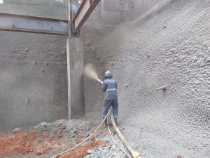 Concreto projetado no bairro Mantiqueira
